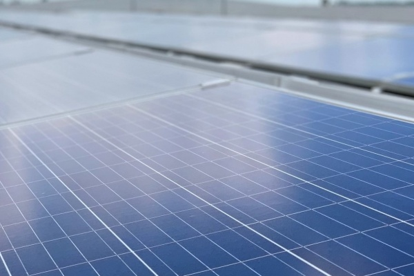 Cleantech Solar enters into a long-term cooperation with Elang Perdana, a major Indonesian tyre manufacturer, by providing one of the biggest rooftop solar PV systems in Indonesia with 4.5 MW capacity at Elang Perdana's manufacturing site in Java
