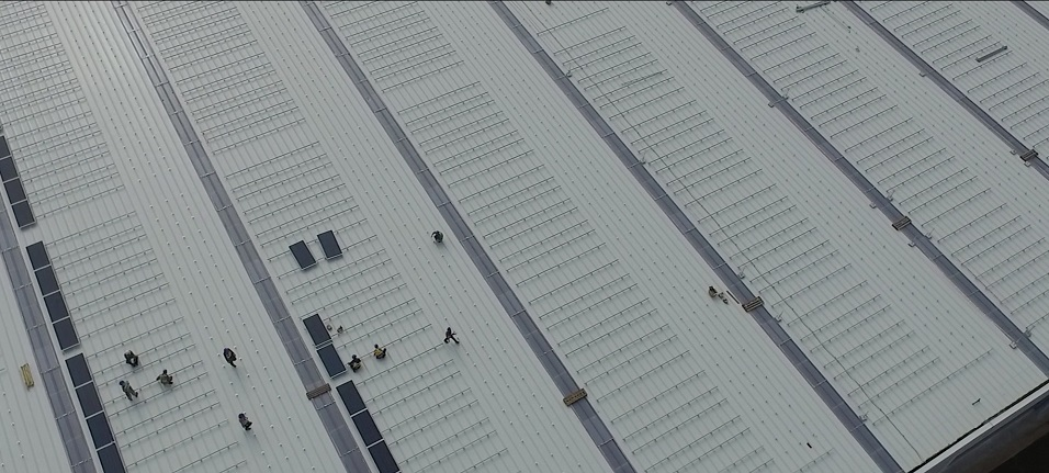 Cleantech Solar constructing rooftop for solar energy